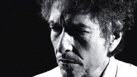 Bob Dylan kann sich über seine erste Nummer eins in Deutschland freuen (rto/spot)