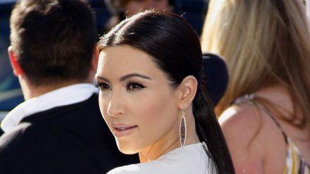 Soll jetzt auch Milliardärin sein: Kim Kardashian (dr/spot)