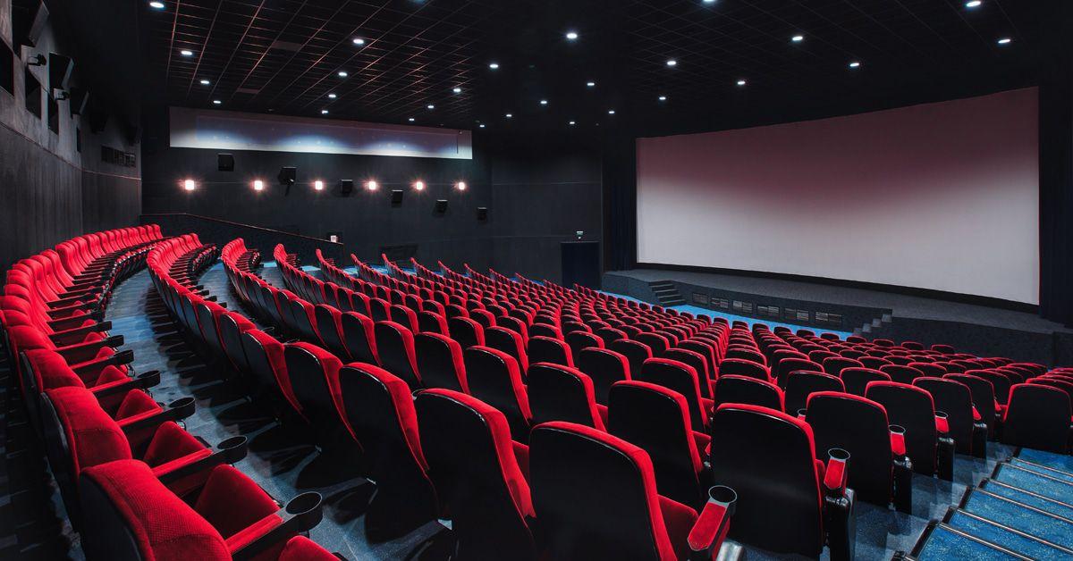 Halbleere Kinos und Corona-Liebesszenen - wie weiter?