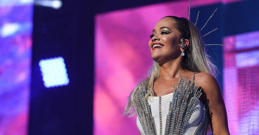 Nackte Tatsachen: Rita Ora findet ihren Bikini nicht!