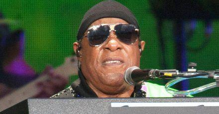"""Stevie Wonder: """"Benutzt eure Hände, geht wählen!"""""""
