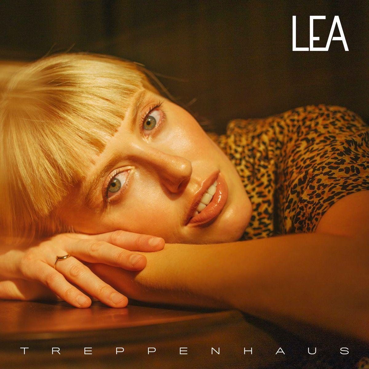 """LEA feat. Capital Bra: Hier ist das neue Video """"7 Stunden"""""""