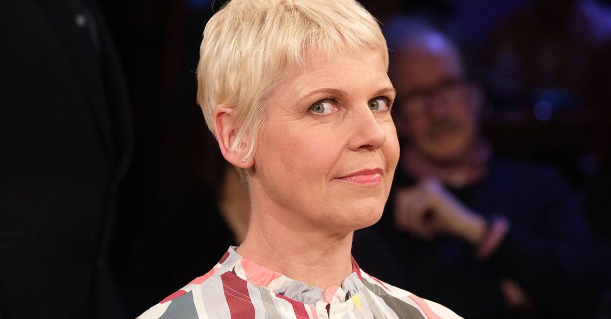 Comedian Cordula Stratmann arbeitet wieder in ihrem alten Job
