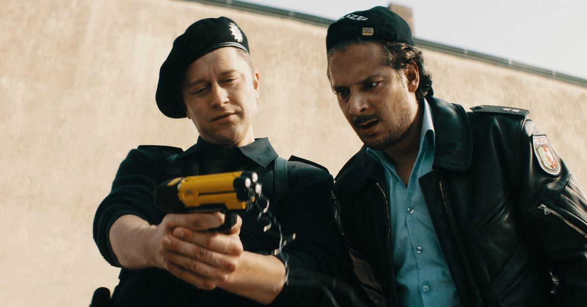 "Trailer ""Faking Bullshit"" mit Bjarne Mädel und Erkan Acar"