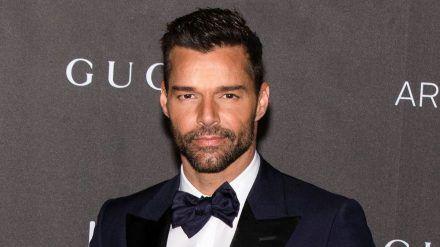 Sänger Ricky Martin genießt im Lockdown Zeit mit der Familie. (cos/spot)