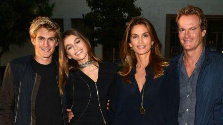 Bilderbuchfamilie (v.l.): Presley Gerber, Kaia Gerber, Cindy Crawford und Rande Gerber (ili/spot)