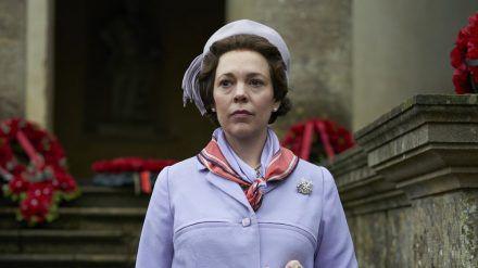 """In Staffel drei und vier ist Olivia Colman als die Queen in """"The Crown"""" zu sehen (stk/spot)"""