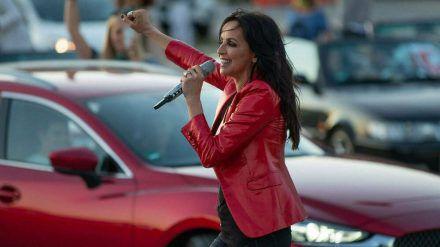 """Sängerin Nena während ihres Auftritts beim Stuttgarter """"Live Sommer"""". (rto/spot)"""