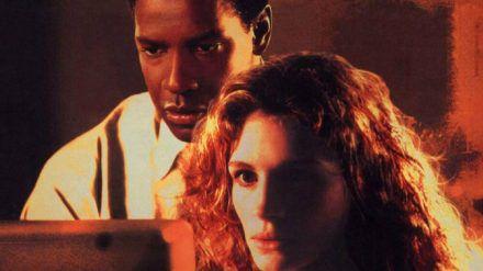 """Denzel Washington und Julia Roberts standen das letzte Mal 1993 für """"Die Akte"""" gemeinsam vor der Kamera (rto/spot)"""