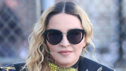Madonna hat eine Verschwörungstheorie verbreitet (rto/spot)