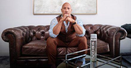 Dwayne Johnson spendet 700.000 Flaschen Wasser