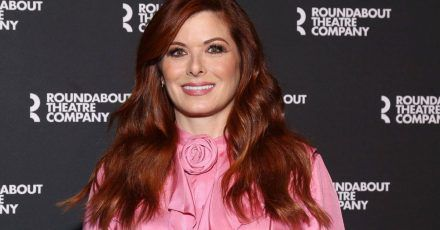 "Debra Messing: ""Will & Grace"" trieb sie fast in die Magersucht"