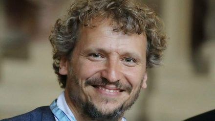 Seit Juli 2019 ist Regisseur Marcus H. Rosenmüller Träger des Bayerischen Verdienstordens. (ili/spot)