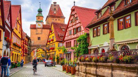 Die historische Altstadt von Rothenburg ob der Tauber sollte man sich nicht entgehen lassen. (wag/spot)