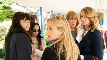 """Die """"Monterey Five"""" aus """"Big Little Lies"""": Shailene Woodley (v.l.), Zoë Kravitz, Reese Witherspoon (vorne), Nicole Kidman und Laura Dern (r.). (cam/spot)"""