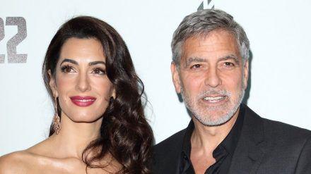 Amal und George Clooney spenden für das Heimatland der Menschenrechtsanwältin. (ili/spot)