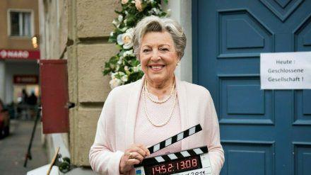 "Helga Beimer (Marie-Luise Marjan) in der letzten Szene der Serie ""Lindenstraße"" (stk/spot)"