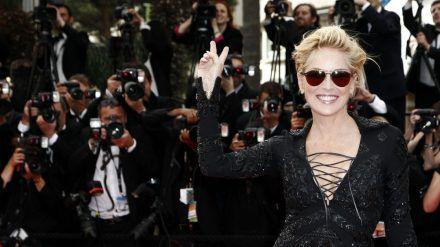 Hart im Nehmen: Dreimal schwebte Sharon Stone bereits in Lebensgefahr (ves/spot)