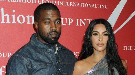 Ein Blick ins Jahr 2021: Präsident Kanye West und seine First Lady Kim Kardashian (stk/spot)