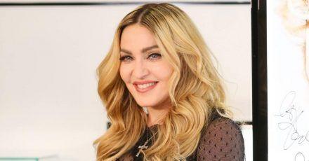 Madonna telefoniert jetzt schon mit Hunden