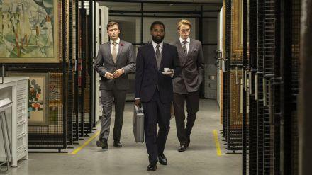 "Jack Cutmore-Scott, John David Washington und Robert Pattinson (v.l.n.r.) in Christopher Nolans Blockbuster ""Tenet"". (eee/spot)"