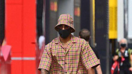 Kann wohl nicht jeder tragen: Lewis Hamilton als Fashionista (dr/spot)