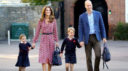 Die Cambridges auf dem Weg zur Schule. (hub/spot)