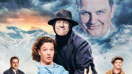 Michal Bully Herbig (Mitte) geht im neuen Film als verliebter Boandlkramer einen Deal mit dem Teufel, gespielt von Hape Kerkeling (oben), ein. (jru/spot)