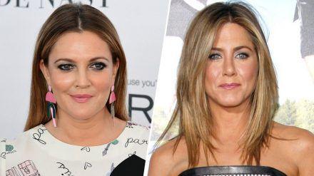 Drew Barrymore (li.) und Jennifer Aniston sind bekennende Single-Frauen. (jru/spot)