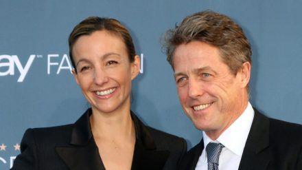 Hugh Grant und seine Ehefrau Anna Eberstein (stk/spot)