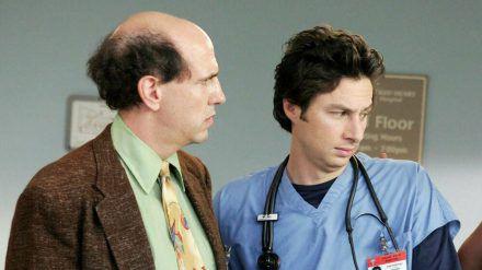 """Sam Lloyd (links) hat jahrelang an der Seite von Zach Braff in """"Scrubs"""" gespielt. (cos/spot)"""