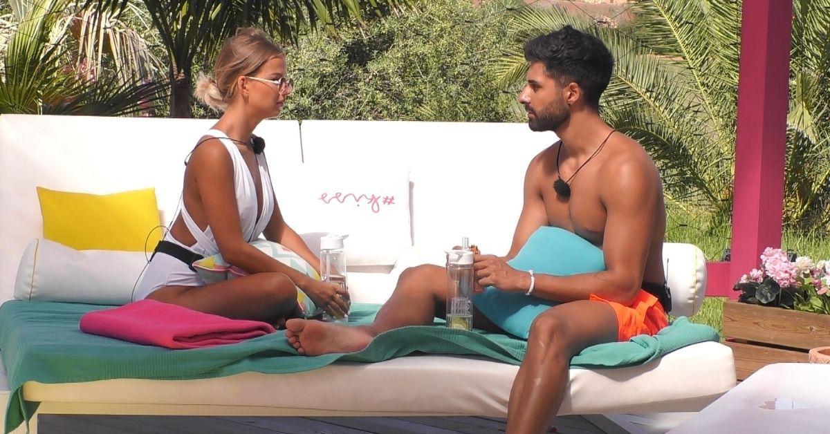 """""""Love Island"""" Tag 23: Melina schockt Tim mit dieser Nachricht"""