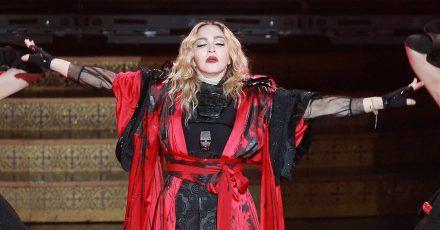 Madonna übernimmt Regie zu ihrem Biopic