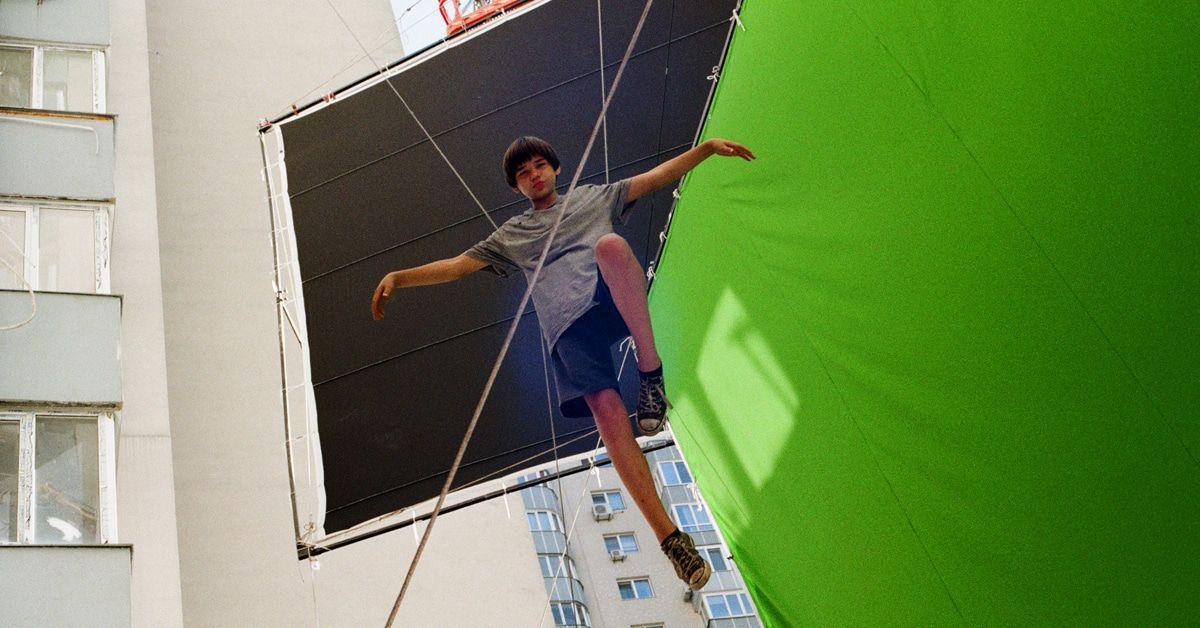 "Paul Kalkbrenner: Hier ist das neue Video ""Parachute"""