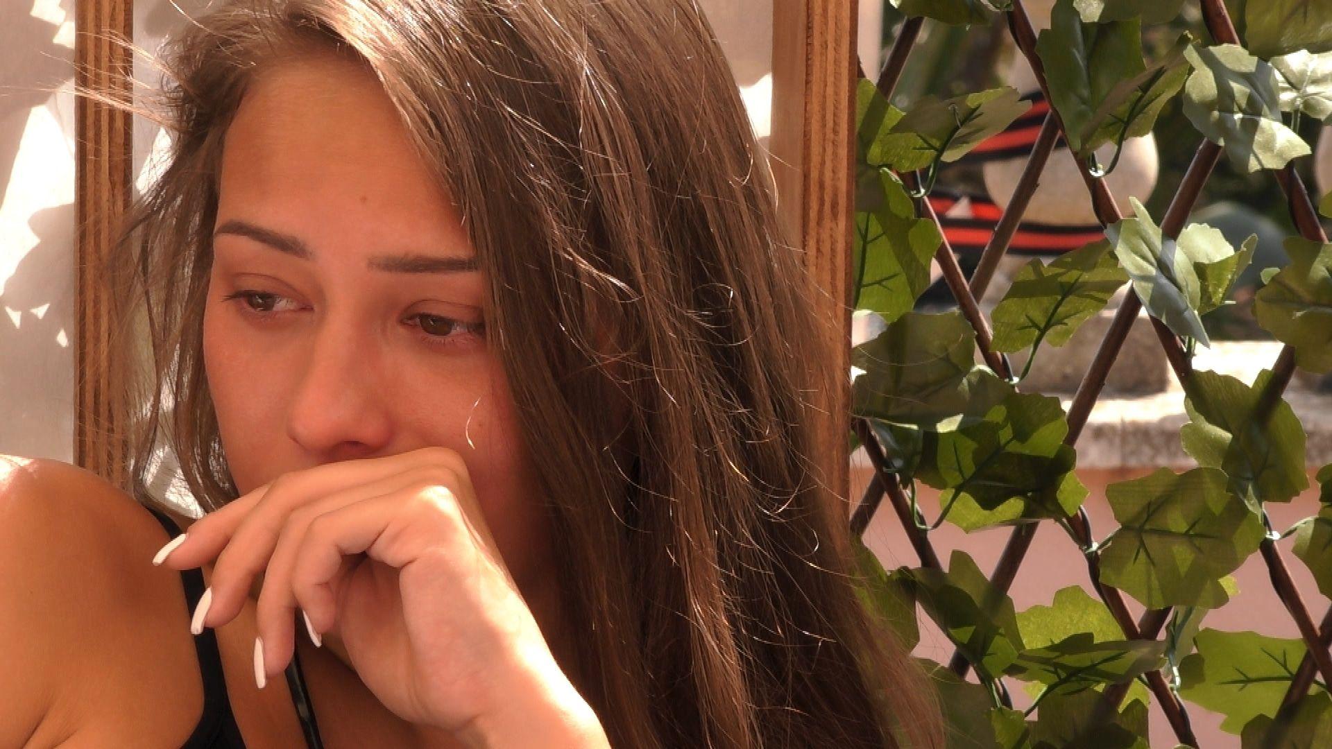 """""""Love Island"""": Stehen Melina und Tim vor dem Aus?"""