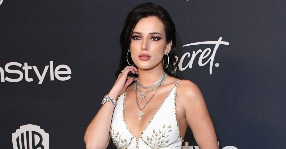 """Bella Thorne darf ihren Latexanzug nicht tragen: """"Oma hat's verboten"""""""