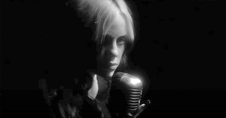 """Billie Eilish: Hier ist das Video zum Bond-Song """"No Time To Die"""""""