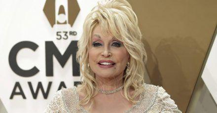 Dolly Parton: Die Rätselei um Existenz ihres Ehemanns hört nicht auf