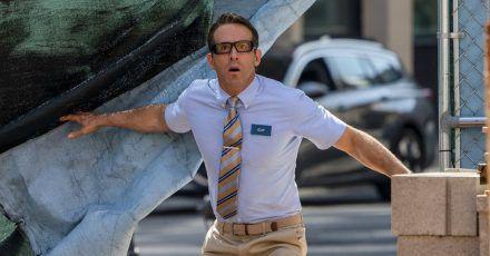 """Preview: Ryan Reynolds in """"Free Guy"""""""