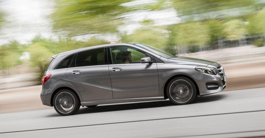 Gediegener Auftritt: Die B-Klasse - hier in zurückhaltenem Mountaingrau Magno lackiert - gibt bei Mercedes den kompakten Familienvan.