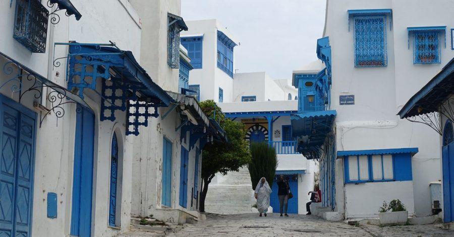 Die verlassene Stadt Sidi Bou Said gehört zu den Touristenattraktionen in Tunesien. Für das nordafrikanische Land gilt jetzt jedoch eine Reisewarnung.