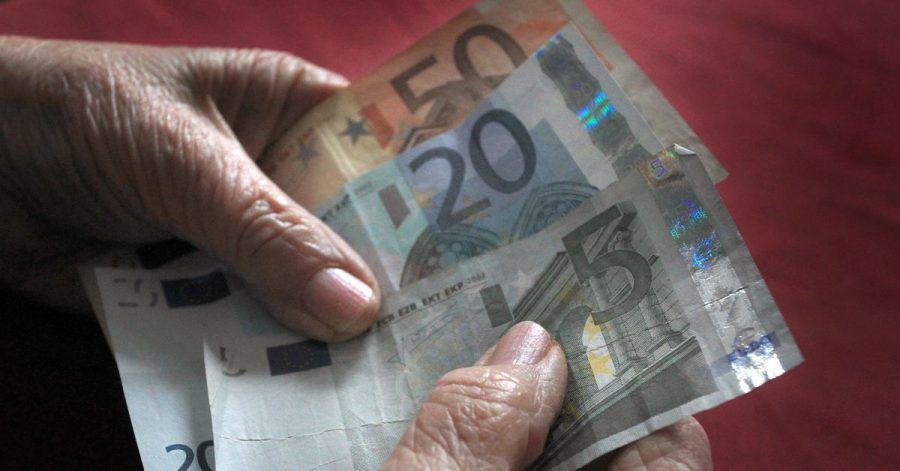 Der Bundestag räumt P-Konto-Besitzern ein größeres pfändungsfreies Guthaben ein.