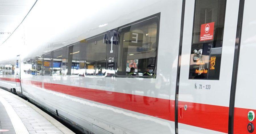Auf wichtigen innerdeutschen Bahnstrecken soll es ab Mitte Dezember mehr Verbindungen geben.
