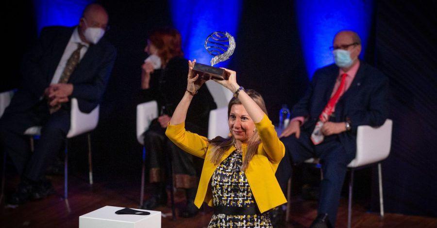 Eva García Sáenz de Urturi hat den  Planeta-Literaturpreis gewonnen.