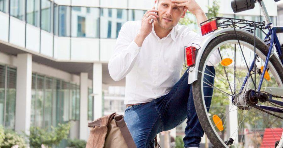 Nicht nur Autos, auch moderne Fahrräder werden immer komplizierter, bei Pannen kann Profi-Hilfe erforderlich werden.