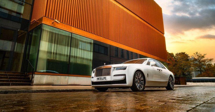 Der Ghost bietet sich als Einstiegsmodell in die teure Welt von Rolls-Royce an.