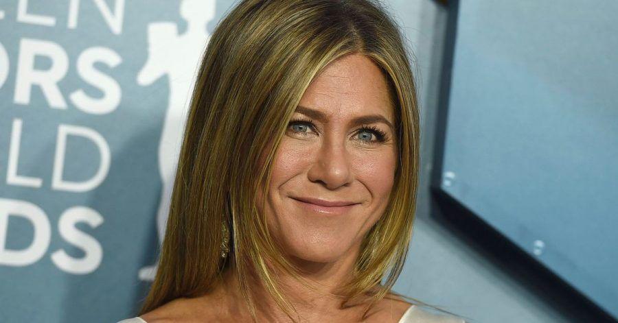 Schauspielerin Jennifer Aniston hat bereits gewählt und das Kreuz bei Biden gemacht.