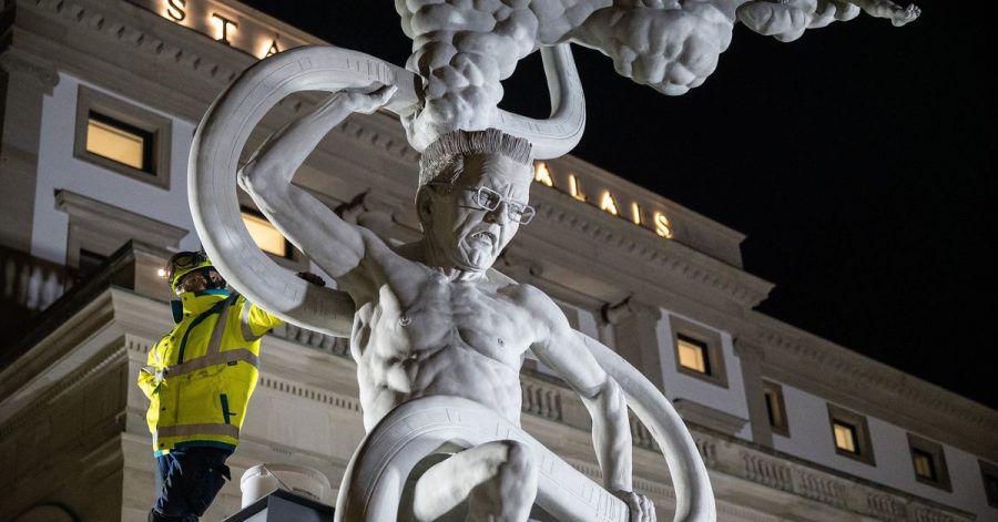 Die Statue «S 21. Das Denkmal - Chronik einer grotesken Entgleisung» ist neun Meter hoch und  zehn Tonnen schwer.