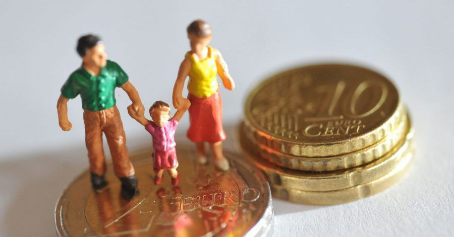 Ab dem kommenden Jahr sollen Familien 15 Euro mehr Kindergeld im Monat erhalten.