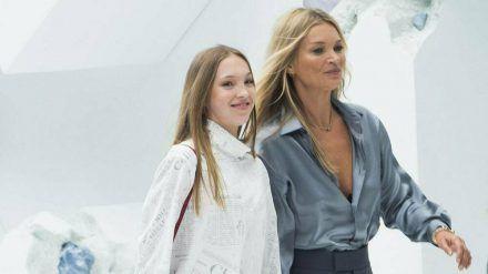 Wie die Mutter so die Tochter. Kate Moss mit ihrer einzigen Tochter Lila (ves/spot)